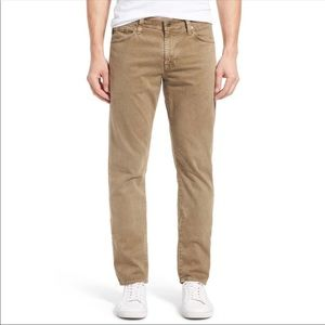 AG Graduate SUD Graduate Tailored Leg Khaki Pants